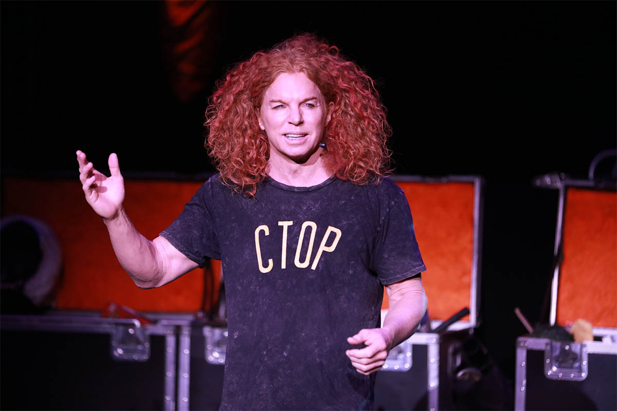 Carrot_Top_Show_Photo_1